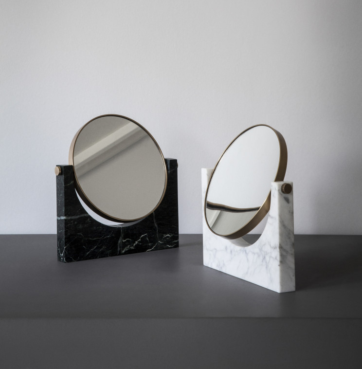 Pepe Marble Mirror_Location_2015_02