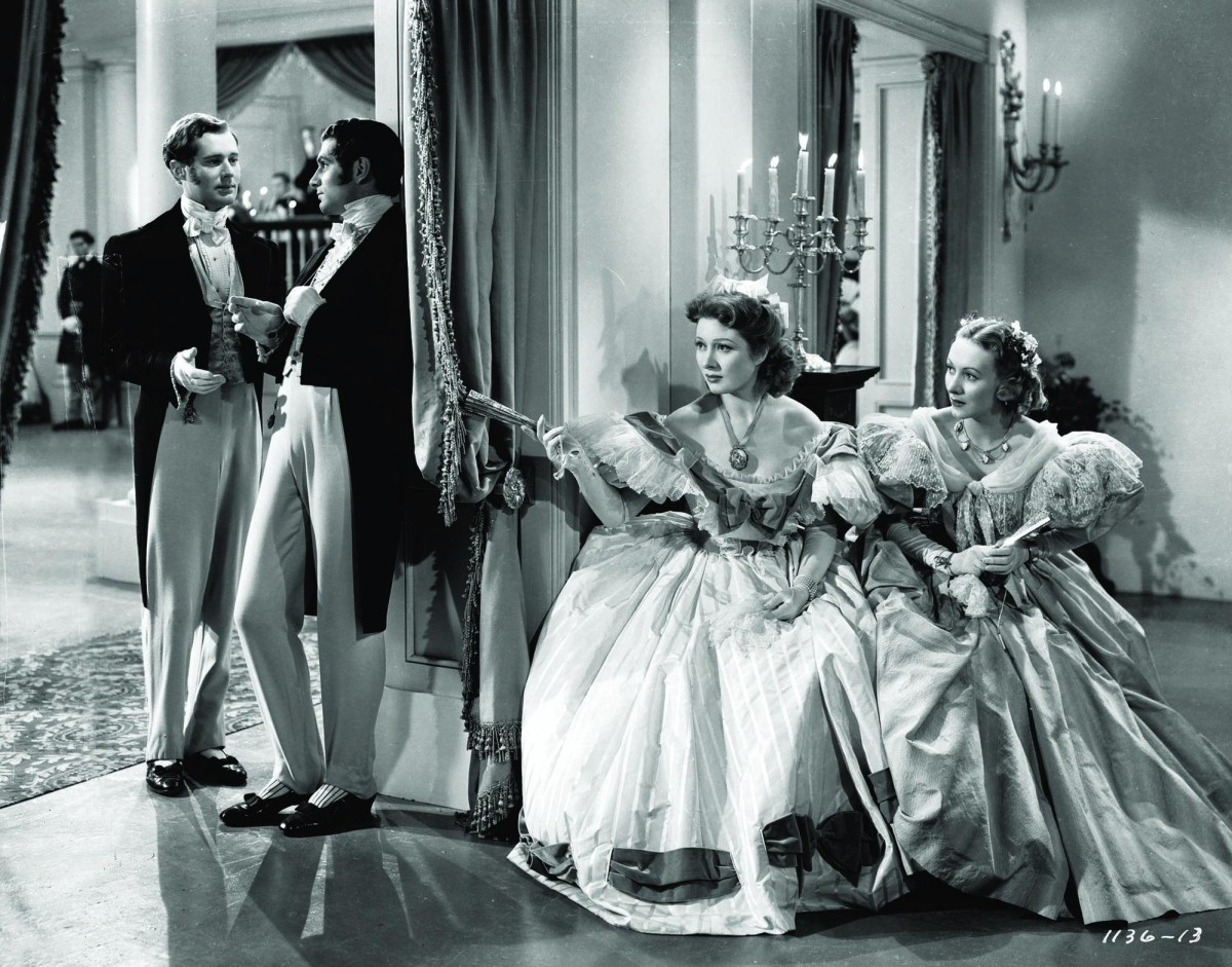still-of-laurence-olivier-and-greer-garson-in-pride-and-prejudice-(1940)-large-picture