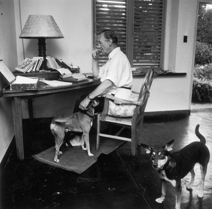 5519bb45b3bb9e3c558515f3_ian-fleming-cr-harry-benson-stringer-getty-images