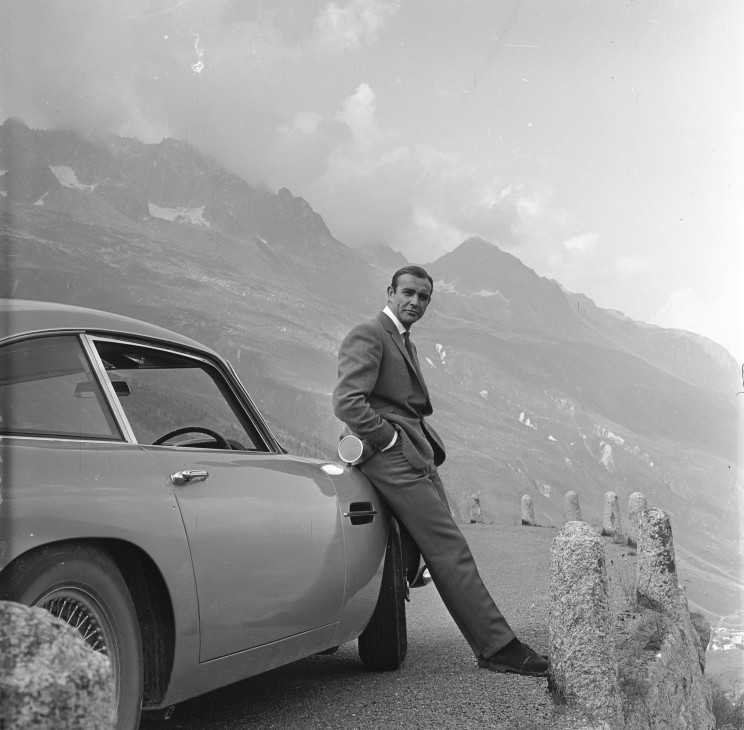 James Bond Connery Astn Alps